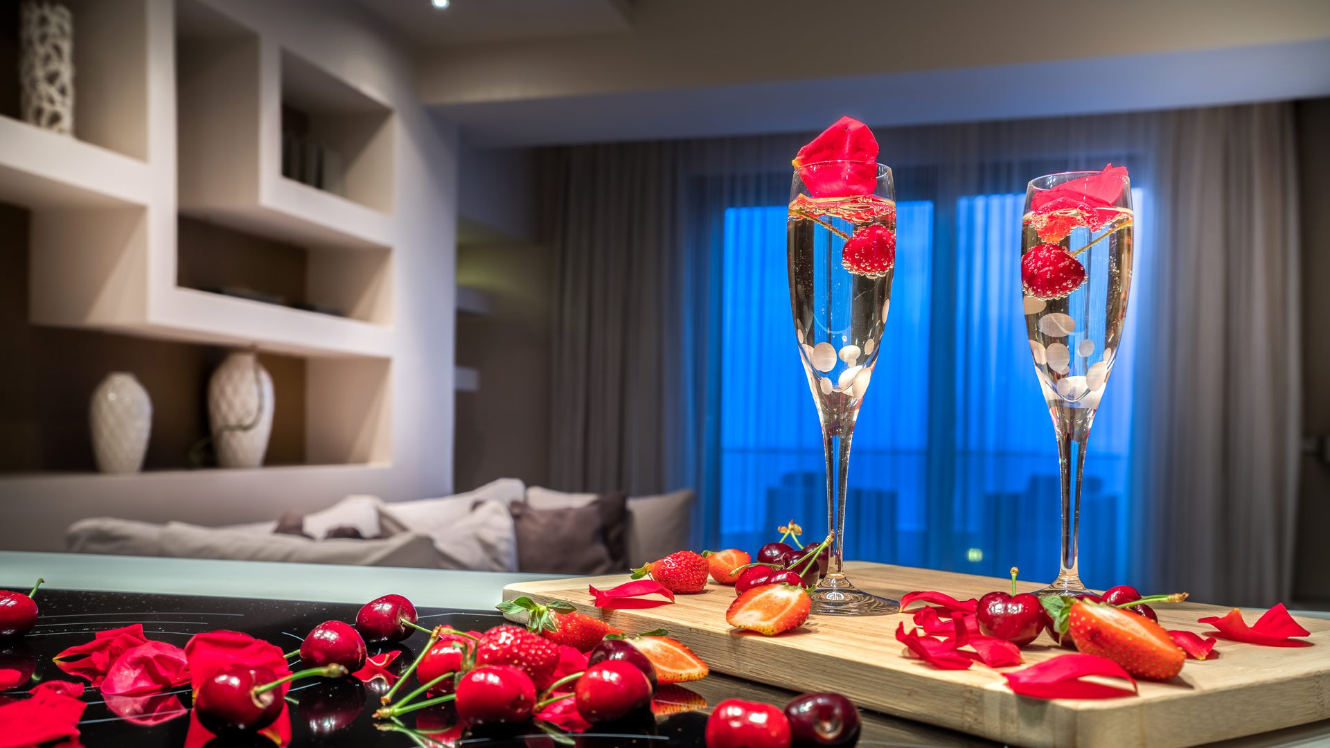 Glasses full of champagne and fruits in the Superior Suite of Kymothoe Elite in Zakynthos